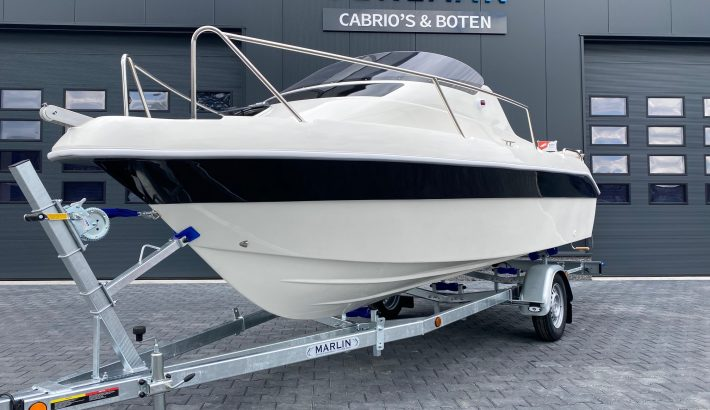 Verkocht: SeaRider 530 Cabin